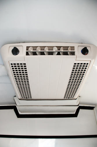 Mobilet Trailer - Overhead Air Conditioner