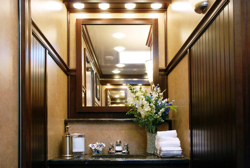Restroom Trailers For Rent The Oxford By Callahead 1
