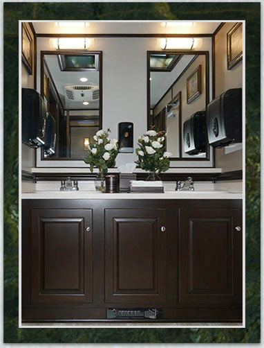 The Woodlawn Luxury Restroom